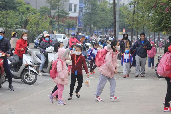 eDoctor - 34 học sinh nghi nhiễm virus corona, Điện Biên cho toàn tỉnh nghỉ học