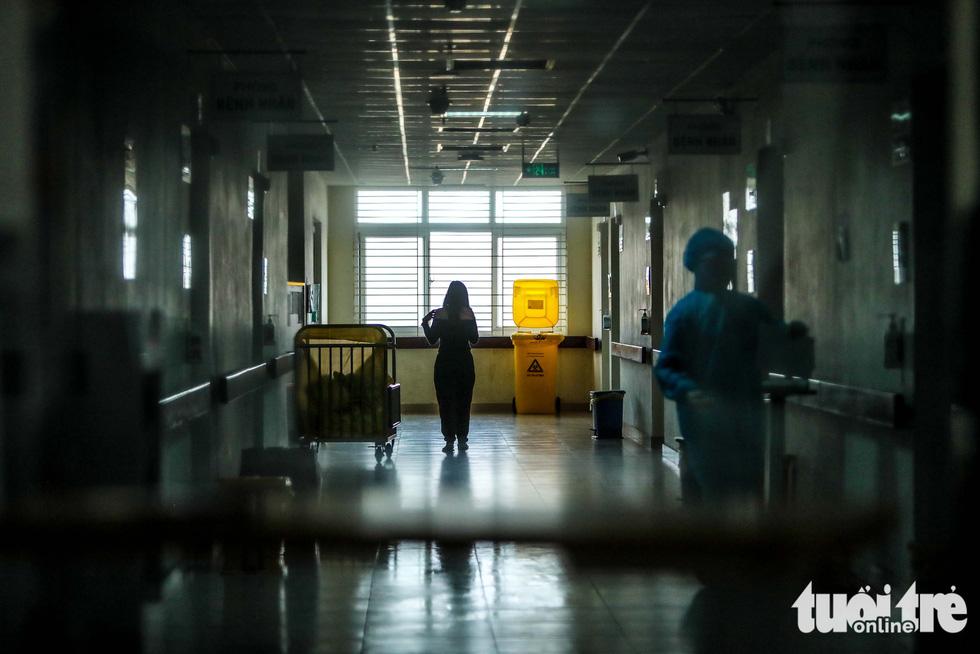 eDoctor - Cận cảnh nơi chữa 46 bệnh nhân dương tính trong trận chiến chống COVID-19