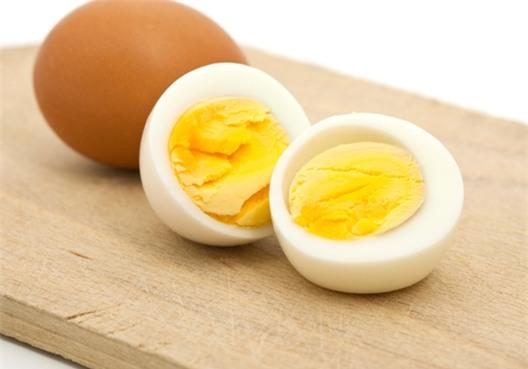 eDoctor - Trứng vịt và trứng gà, loại nào tốt hơn?