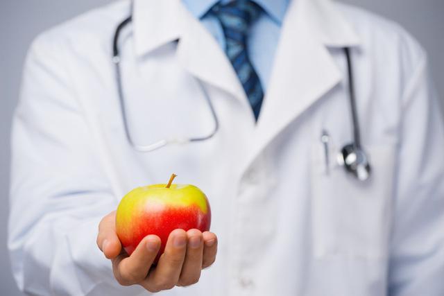 eDoctor - Điều gì sẽ xảy ra nếu bạn ăn một quả táo mỗi ngày?